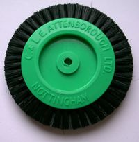 Plastic Centre 2-Row Brush